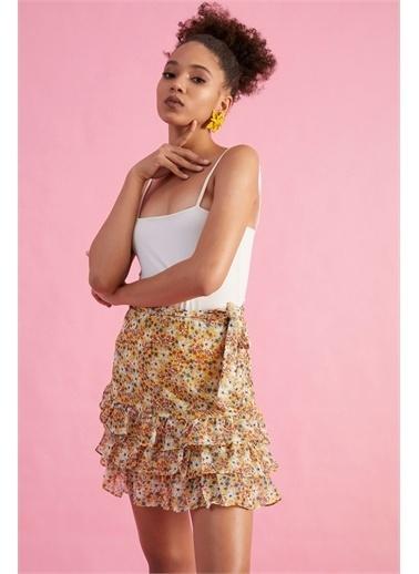 Z Giyim Kadın  Pembe  Çiçek Desenli Beli Bağlamalı Mini Etek Sarı